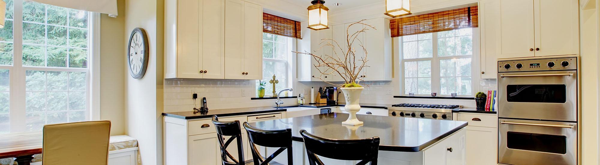 Kitchen design kitchen designers toronto woodpecker for Kitchen designs toronto